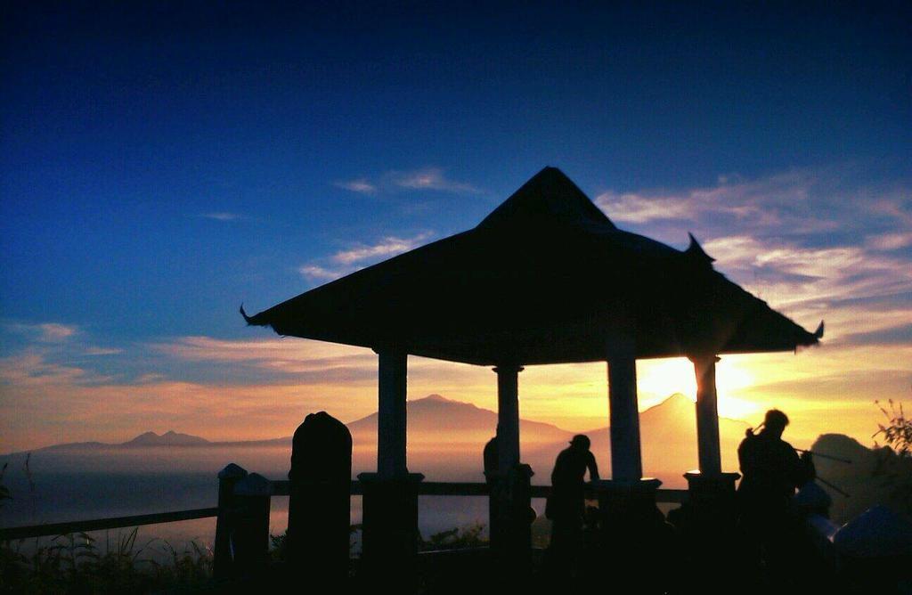 Puncak Suroloyo Sunset