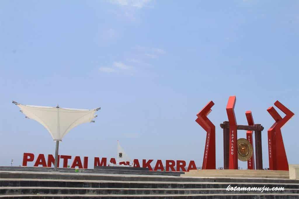 Panorama Pantai Manakarra Makasar