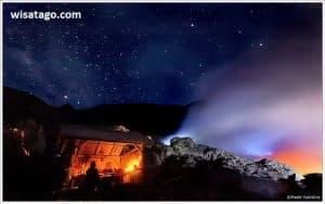 Panorama kawah ijen saat malam via cjdwnews.wordpress.com