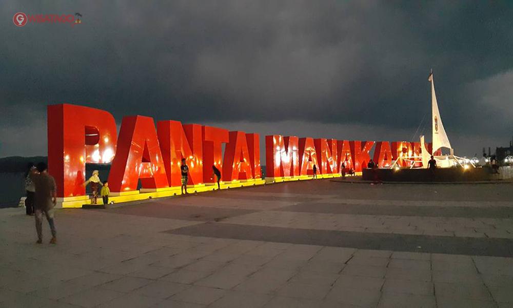 Pantai Manakara