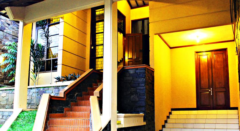 De Orange Pasteur Guest House